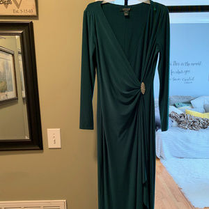 Lauren Evening Dress SZ 8--S/M Green w/ brooch